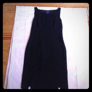 Ann Taylor Size 2 Black & Navy Polka Dot Sheath
